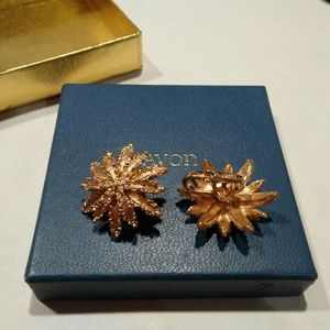 Vintage Avon Starflower Clip Earrings
